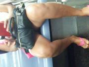 Candid Milf upskirt no panties on the subway