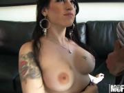 Daisy Cruz - This Chicks A Treat - Milfs Like It Black