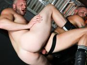 Hardecore gay anal sex - BAREBACK!