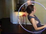 hoop girl - titts shake dance