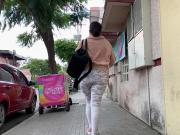 Jiggly Booty Big Ass Walking White Leggings . 5