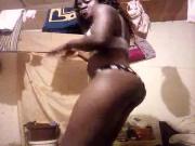 Show prive de Raye la chaude camerounaise