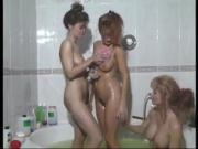 Lesbian Vida Garman takes a bath with friends