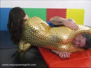 Bella s Golden Squeeze - Headscissor Mixed Wrestling