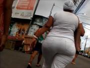 Dona Consuelo JumBooty Mega Pear