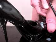 Patent-Leather Pumps Rub-Down