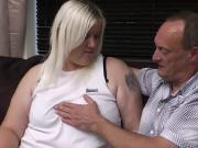 Wife finds husband cheating with blonde plumper