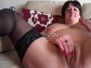 BBW mature play with pussy