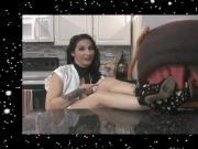 La Vore Girl News 1-26-17 - Raven Eve
