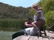Babe Fuck near the Lake