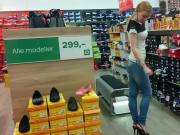 Hight heels shopping 2