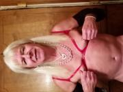 Rayleena luvs nipple play