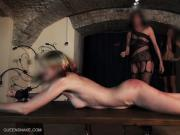 Queensnake.com - The Bench - Nazryana