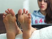 Turkish girl take off her socks fuckable soles feet fetish