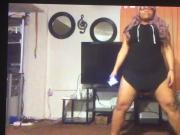2 teens dancent pour nous 1