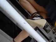 bajo la falda de mi amiga 2