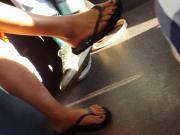milf feet in flip flops