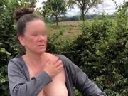 AO-Ehehure zeigt ihre Hureneuter Outdoor
