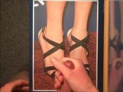 Cum-Tribute To Taylor Swift's Amazing Feet