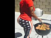 Cherokee - Grilling Burgers and Sausages