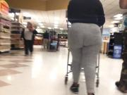 GHETTO BOOTY MILF AT ITS FINEST NOOO DRAWLS