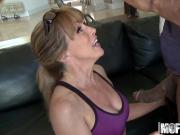 Mofos - Milfs Like It Black - Shayla Laveaux - Running On Da