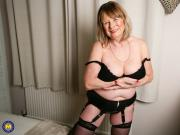 British curvy Mature Lady Jane playing with herself
