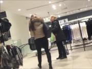 Hot teen ass at mall