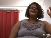 Lalita BBW METISSE en gang bang
