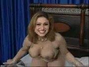 Pakistani beautyful bigboobs aunty nude dance in her bedroom