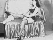 Stunning Lady Shows Her Sexy Beauty 1950s Vintage