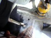 AYUDANDOLE A CULONA CALIENTE TUBO METALICO P1