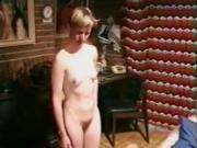 jeune esclave sexuelle allemande dressee masturbation