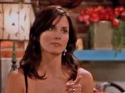 Courteney Cox - Friends cleavage