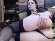 Melly Showing Her Pussy And Playing Her Asshole