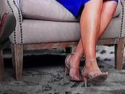 Laura Feet 3