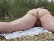 man caught by voyeur outdoors humping 2