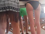 teen bikini ass dance and shake bubble butt