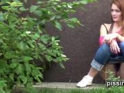 Desperate girls are pissing in front of their neighbours