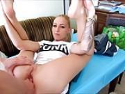 Eine sexy blonde hure auf einer dating seite fick