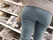 Nice big ass blonde milfs in tight jeans 2