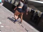 novinha com bundao de fora no centro de porto alegre
