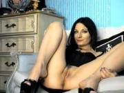 Flirt4free model Lilyan webcam masturbation