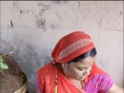 Sexy Indian Vegetable Vendor Spy - Part 2