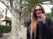 jacquieetmicheltv - Coup double pour Clara 18ans