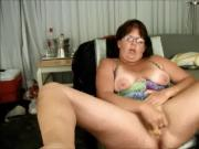 AFF Wife wants guys to fuck her slutty pussy!