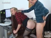 My Dirty Hobby - SophiaGold im Buero abgefickt