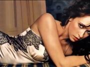 Jennifer Love Hewitt is hot & sexy