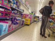 Cum on booty girl in Supermarket
