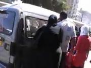 Labwa masriya btetzene9 w hiya tal3a fel 3arabiya